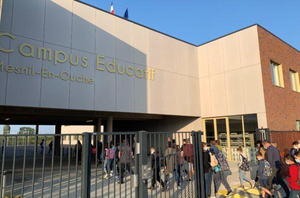 entree-au-campus-590x390.jpg